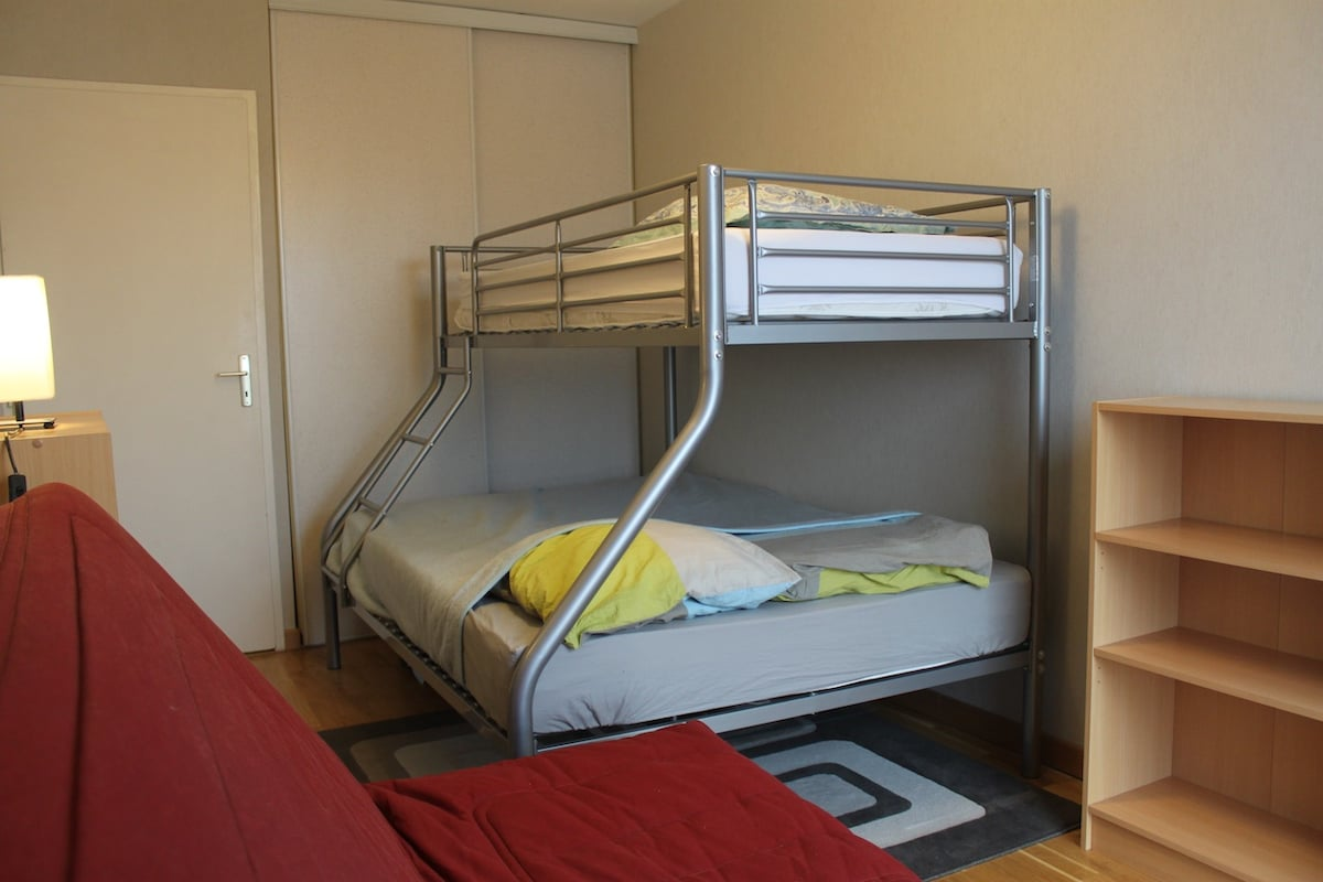 dorm (old photo): now one double bed, one single bed (those on the pic)