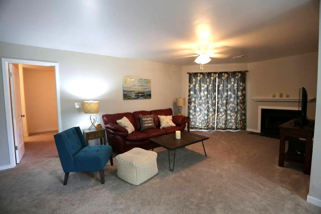 Your Charleston Hm-2 bd,2 bath-new and comfortable - North Charleston - Appartement