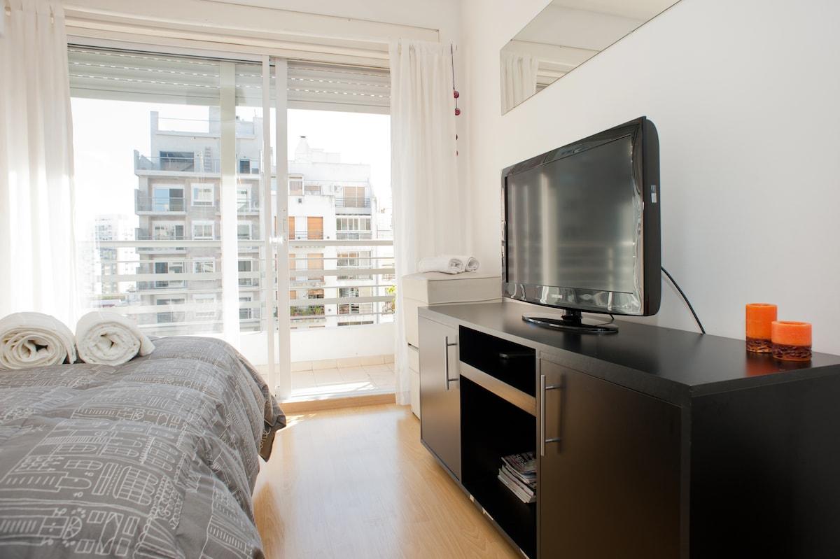 Sunny balcony studio with 3Gsimcard