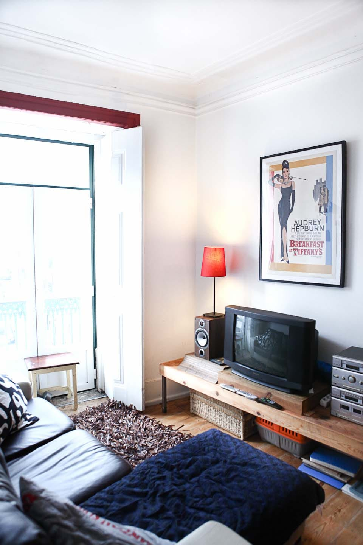 Sunny room Lisbon center