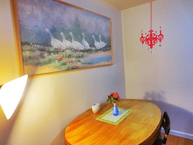 Nice dinine area