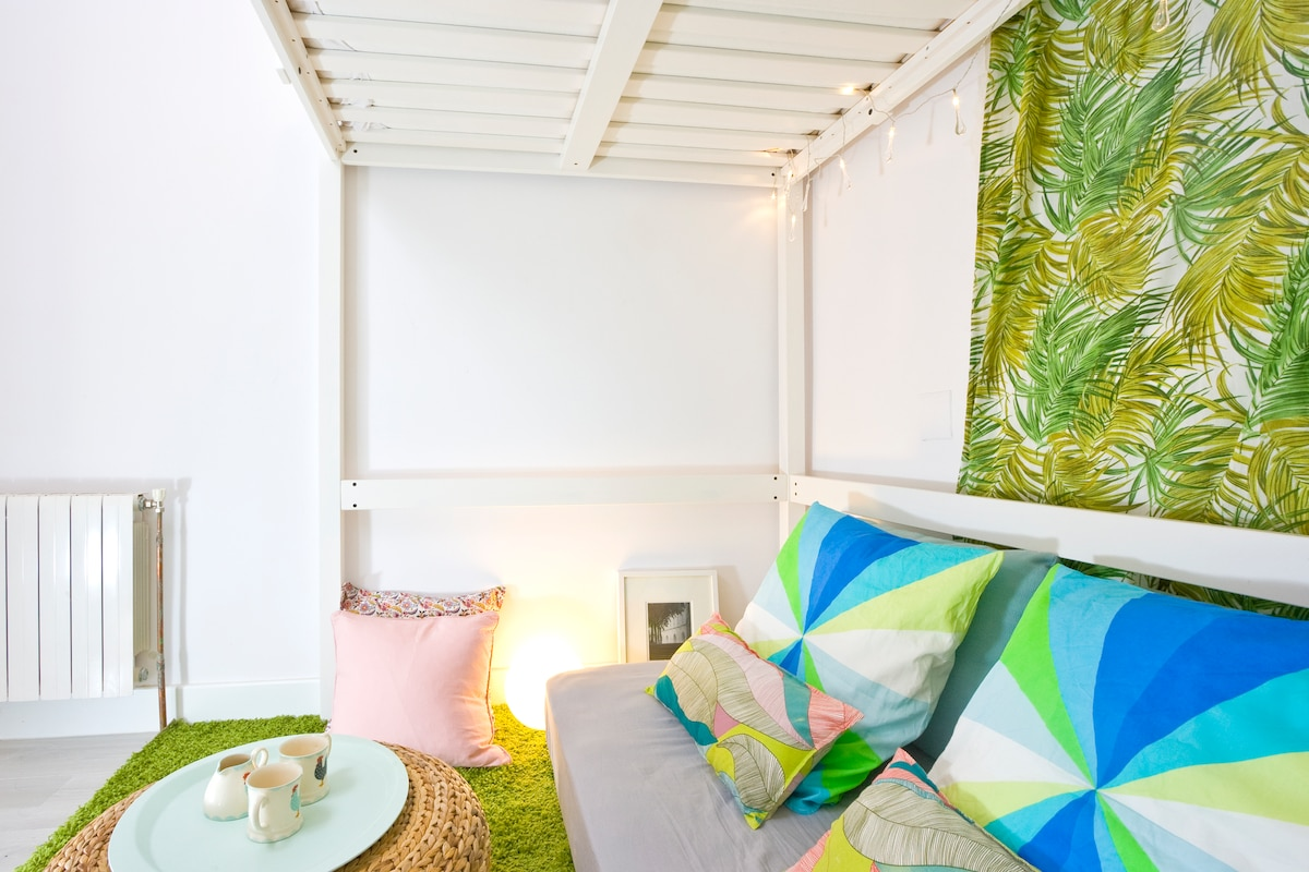 "Chit chat, lay back or watch a movie at the little indoor ""garden"". Climb up when you get tired."
