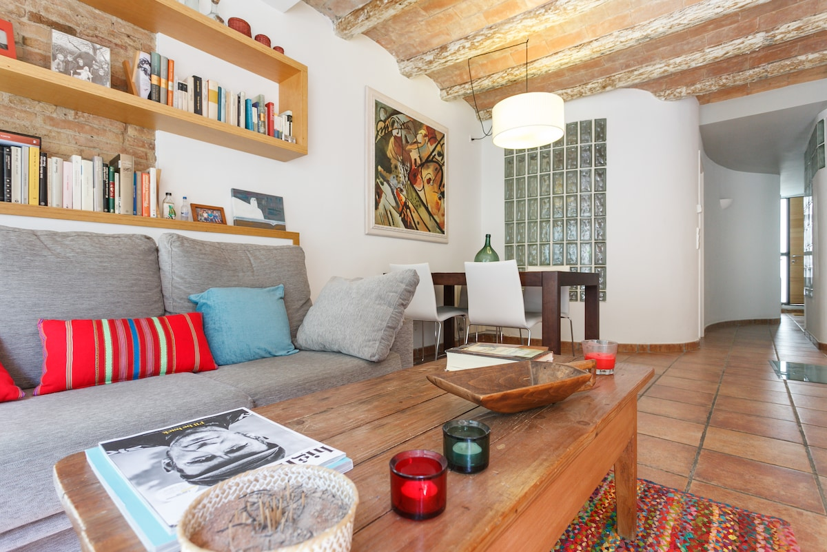 Lovely apartment in Sants