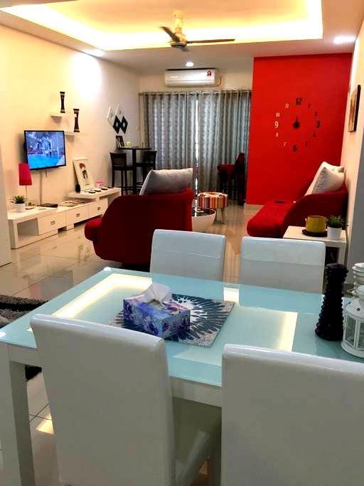 Private 2BR Apartment, Sleeps 1-5 - Johor Bahru - Byt