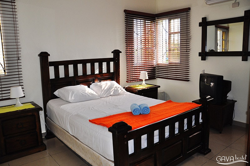 Private double room with en suite bathroom and views of the pool. The room is designed for a stay of two persone. Entrance to the room by using private key.