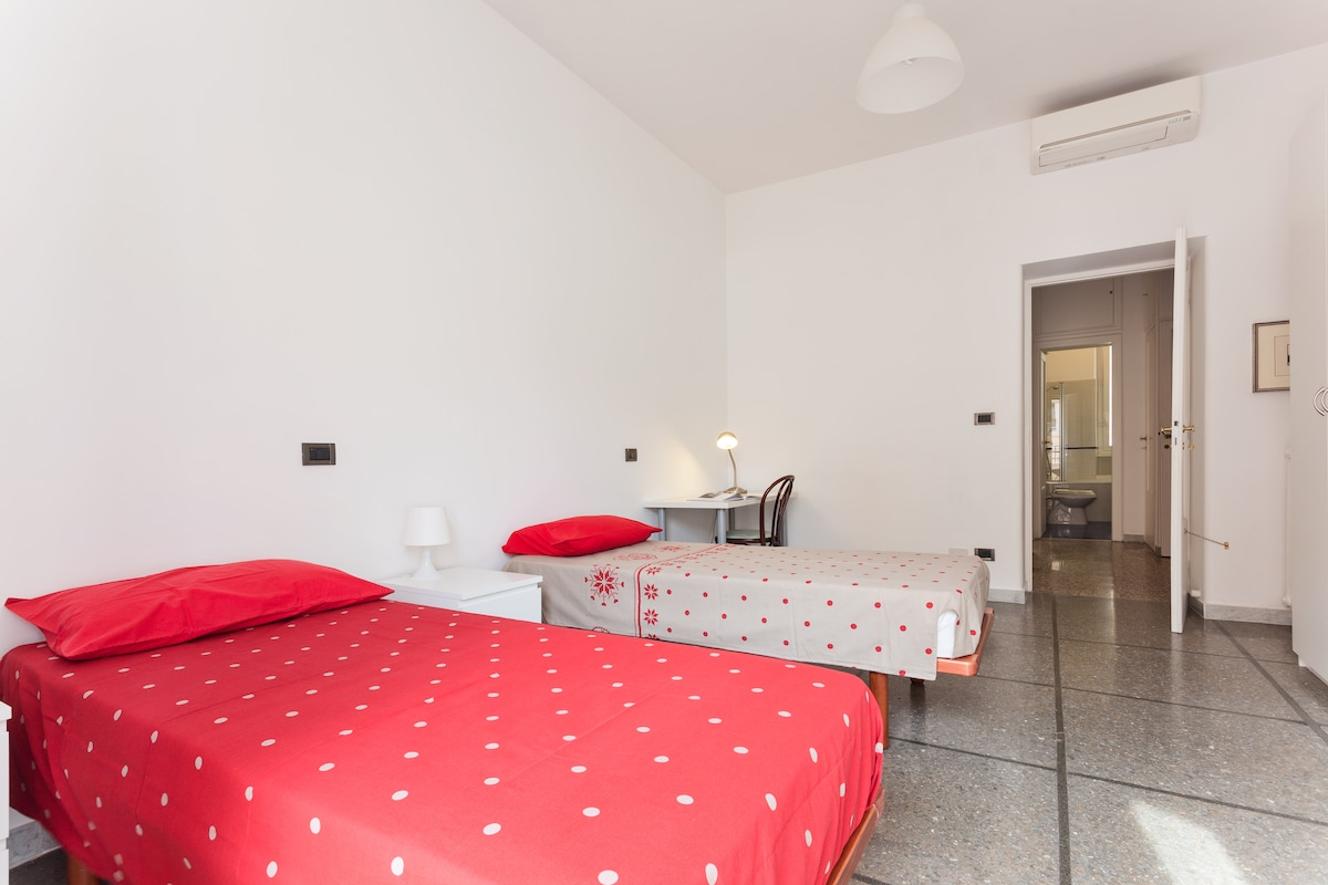 Double room in Rome - Free WiFi
