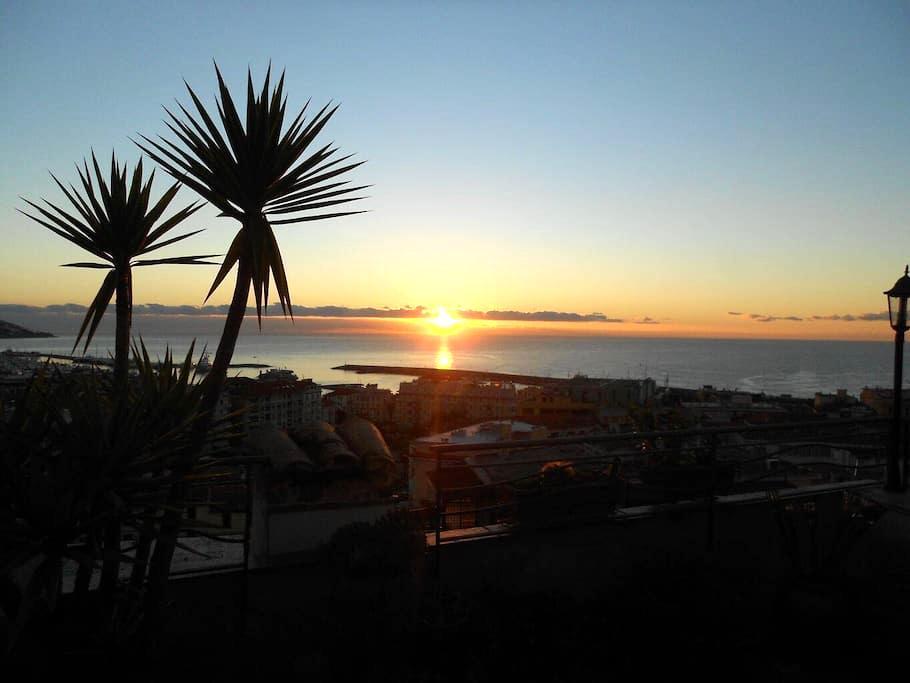 Graziosa casa ligure con terrazza - Sanremo - Apartmen