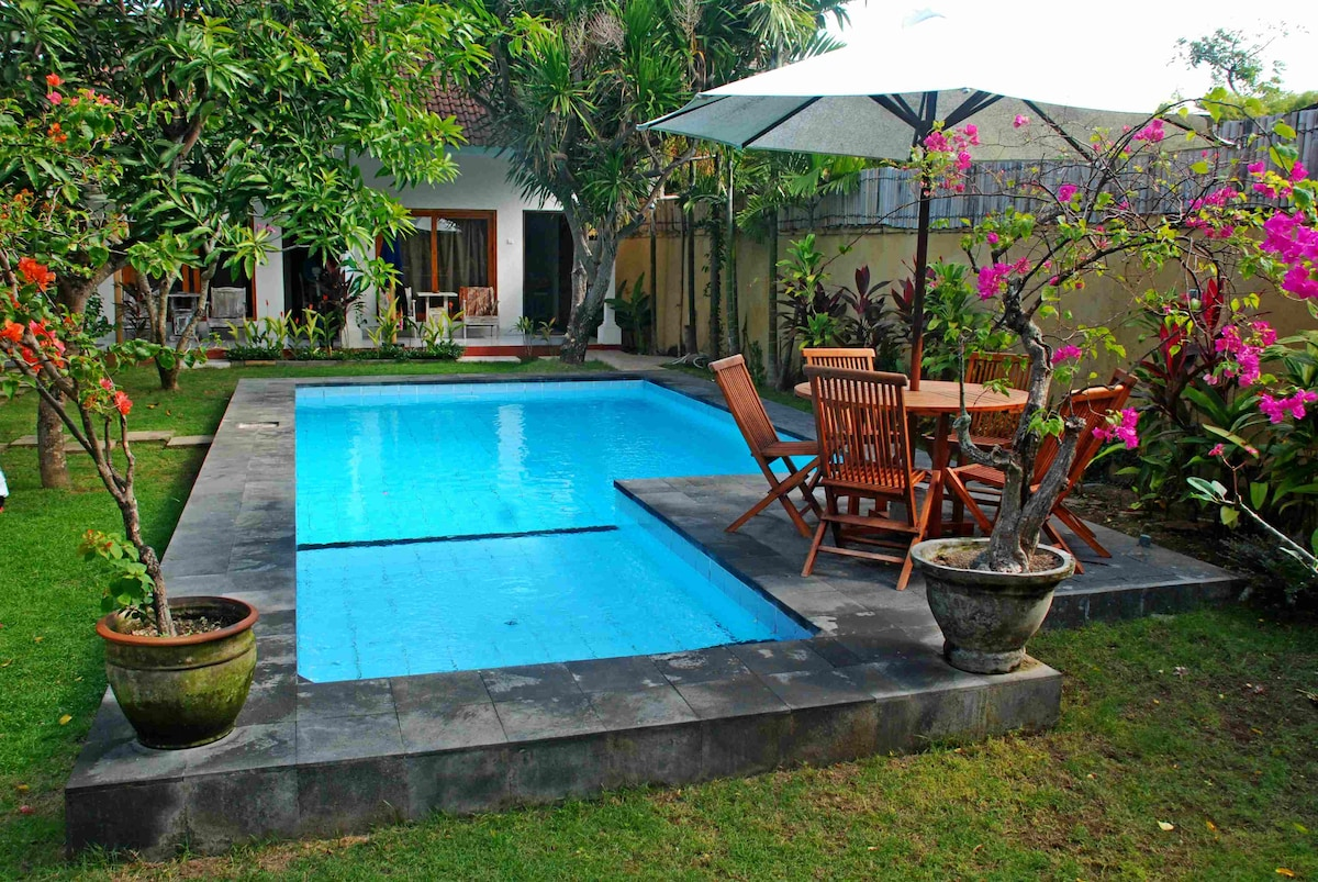 Rooms with AC/POOL JIMBARAN BEACH2
