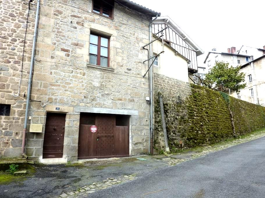 Studio St Jacques,heart of Eymoutiers - Eymoutiers - Appartement