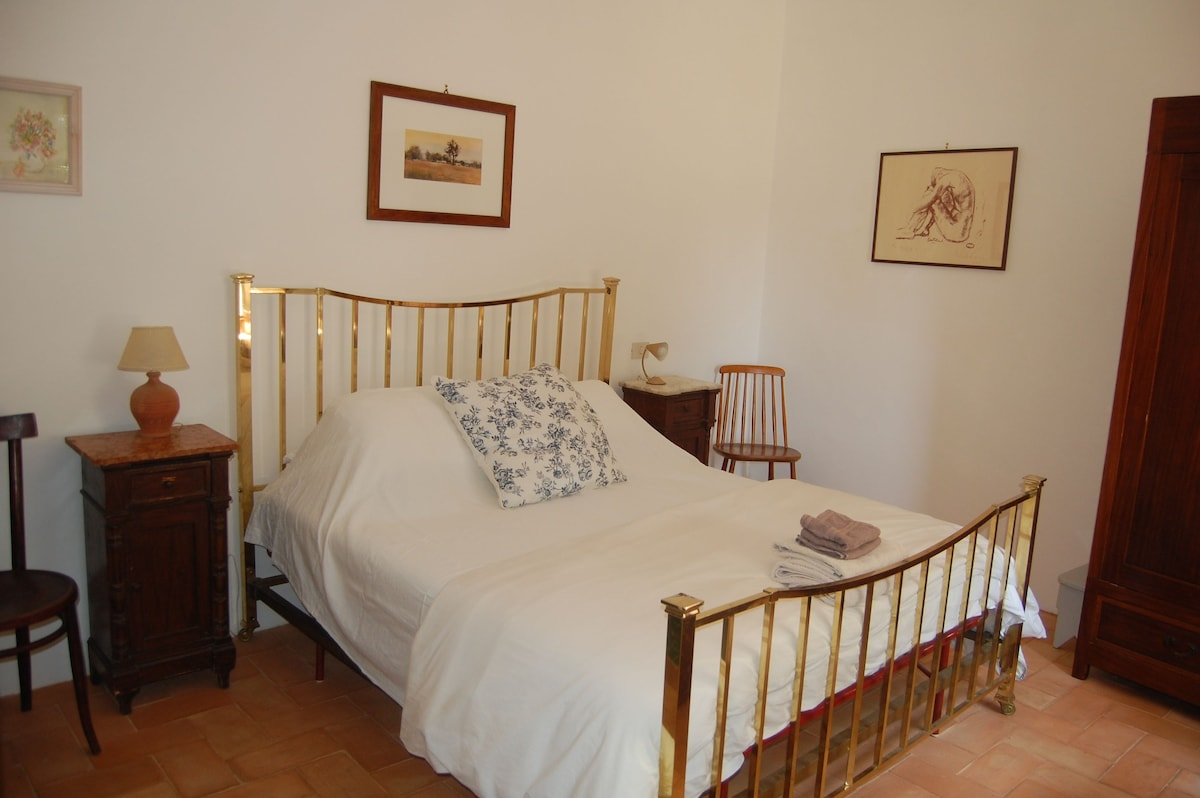 Main bedroom with Queen size bed, wardrobe and storage space and ensuite bathroom