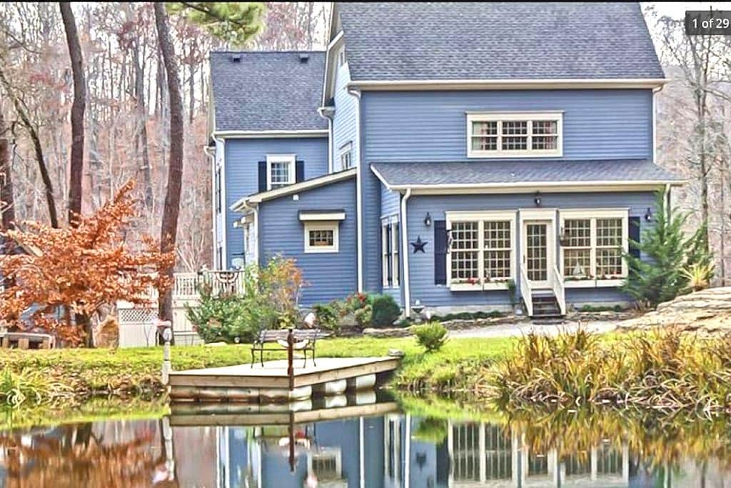 The Big Blue House- 6000sf of Luxury- Leipers Fork - フランクリン - 一軒家