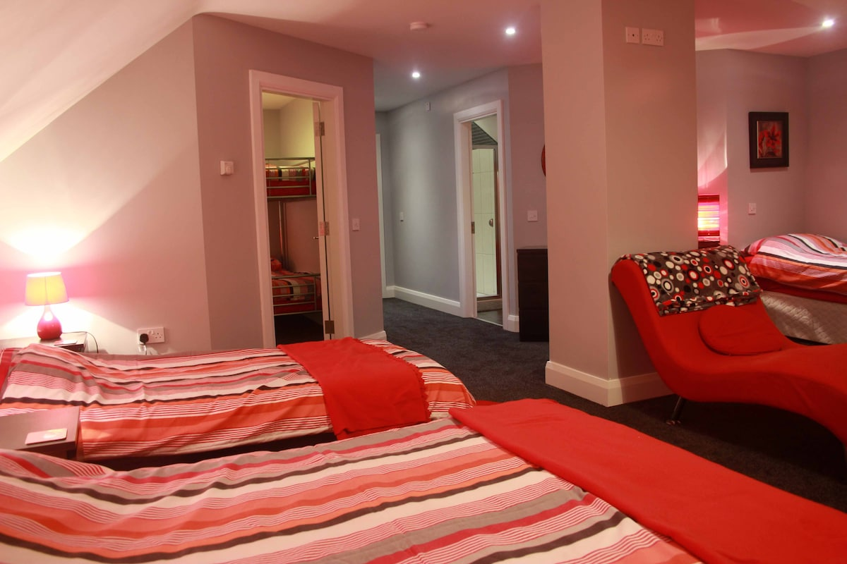 "Hope this gives you a sense of the space in our ""red room""."