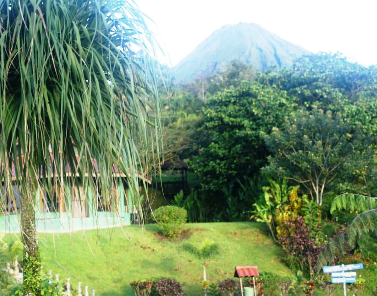 Mountain Top Specutacular Views