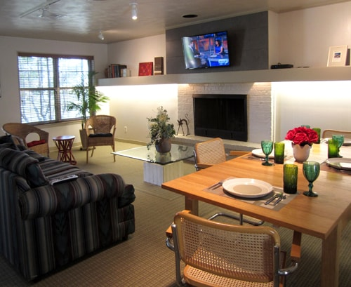 Living/dining room.