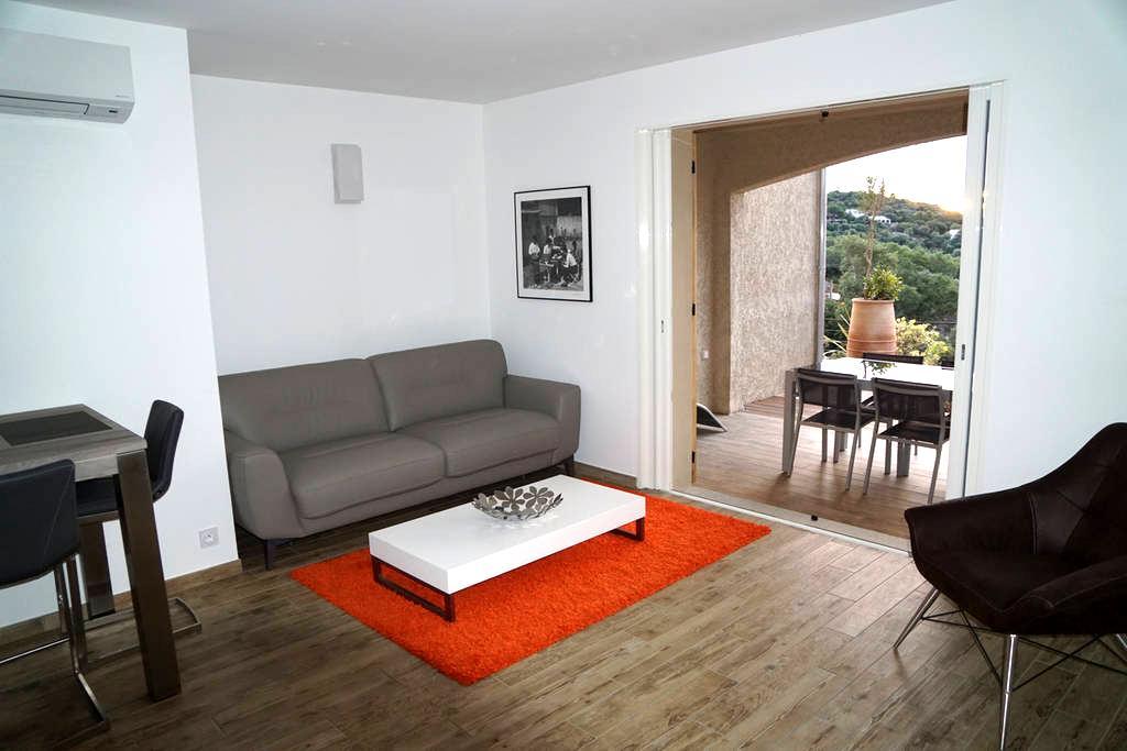 """Suite-Exécutive n° 4 """"Bleue"""" à 400 m de la plage - Brando - Lägenhet"""