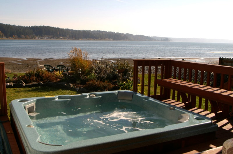 Relax in the tub with great views of Case Inlet