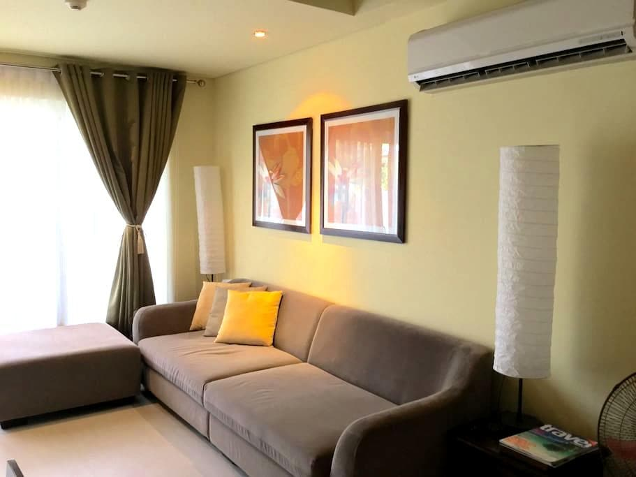 Expat holiday home 2 bedroom loft at Pico de Loro - Nasugbu - Apartment