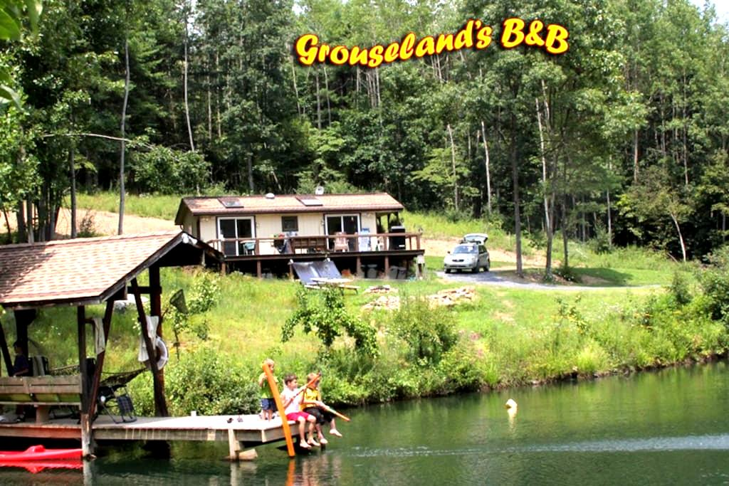 Grouseland's Bed and Breakfast - Clearville