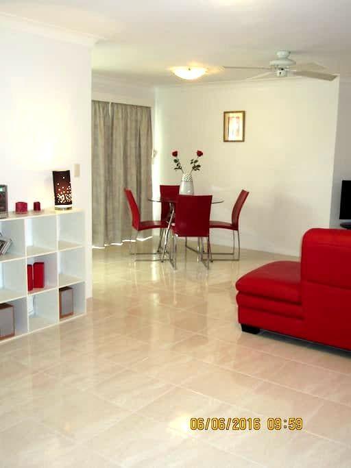 Arlington in Indooroopilly - Indooroopilly - Appartement