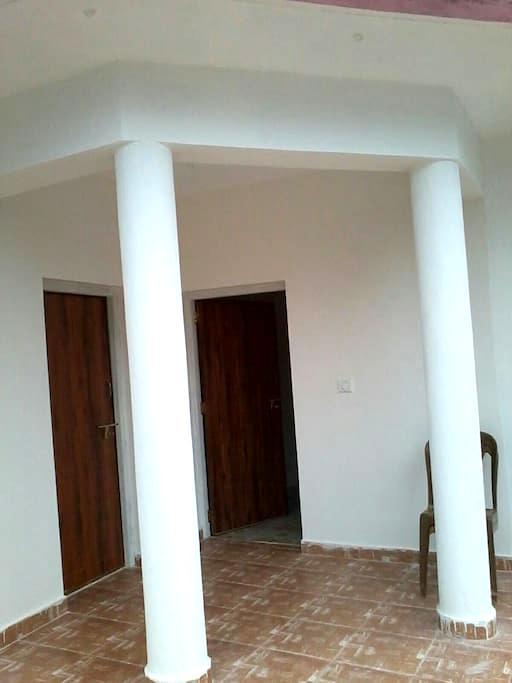 Ryan Villa - 1st  floor 1 room - Goa