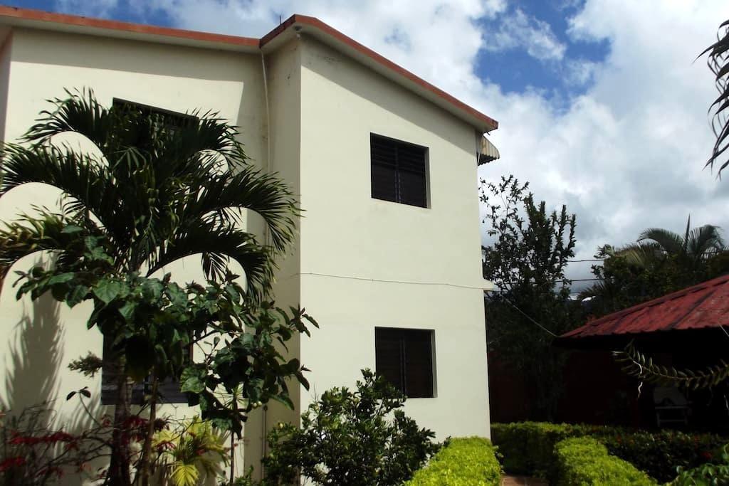 Guest-House Jarabacoa/1 bedroom - Jarabacoa - Bed & Breakfast