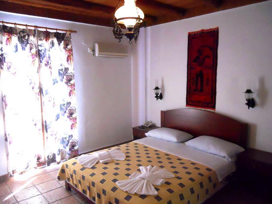 Daskalogiannis Hotel - Loutro