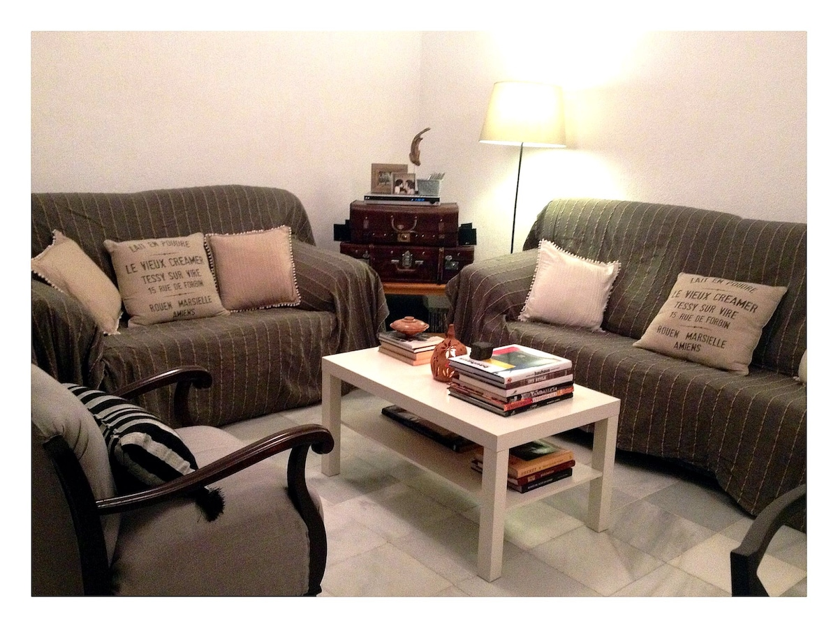 Living room is spacious and with plenty of seats for you to choose.