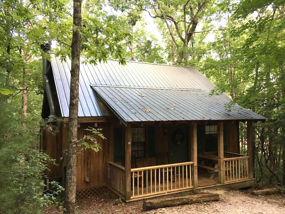 """Deer Tracks"" - Private, Luxury Dog-Friendly Cabin - Sautee Nacoochee - Ξυλόσπιτο"
