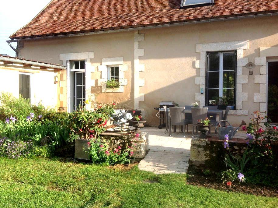 Longère berrichonne bord de Creuse - Le Blanc - Rumah