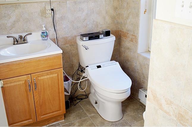 Bathroom, just off the master bedroom. Washlet toilet provided.