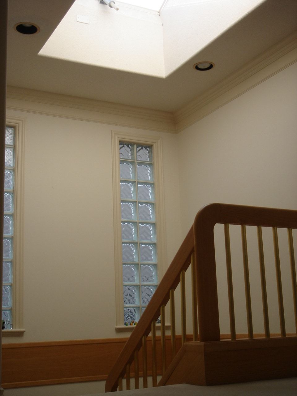 skylight stairway, giving you a happy sensation from light energy