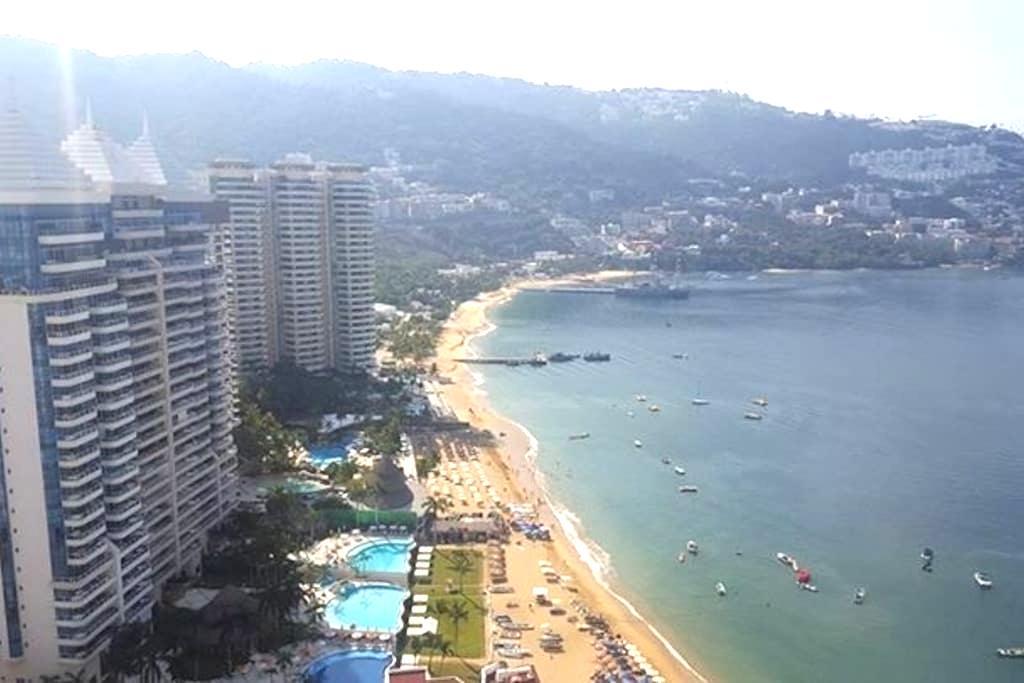 Acapulco Costa Azul sobre la playa - Acapulco - Apartment