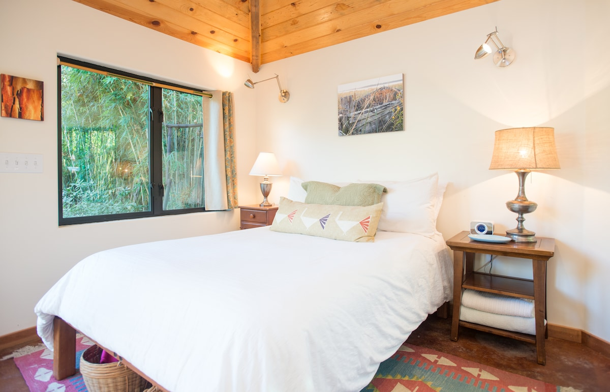 The full bed is comfortable and inviting with good quality linens. Photography by a local artist graces the walls and changes with the seasons.