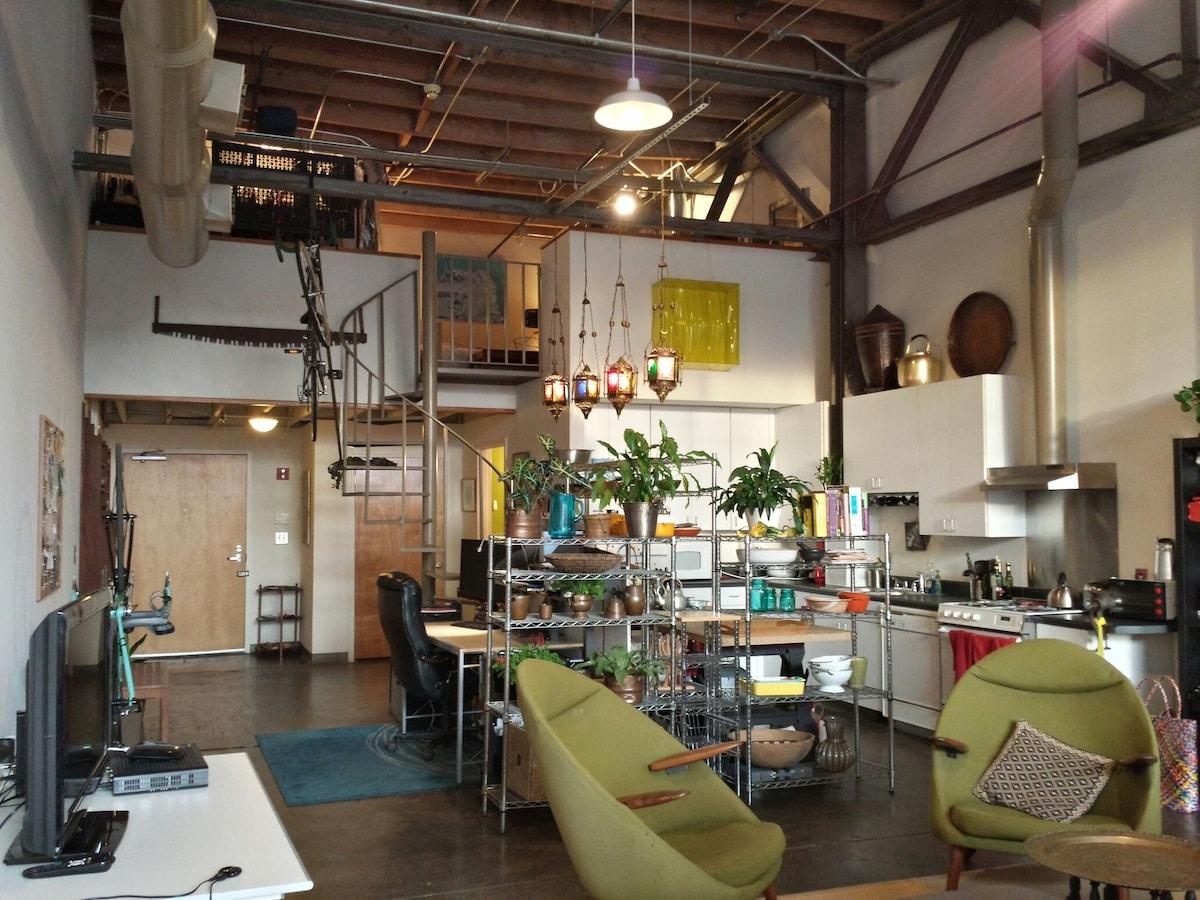 Converted Industrial Loft Apartment - Lofts for Rent in Atlanta ...
