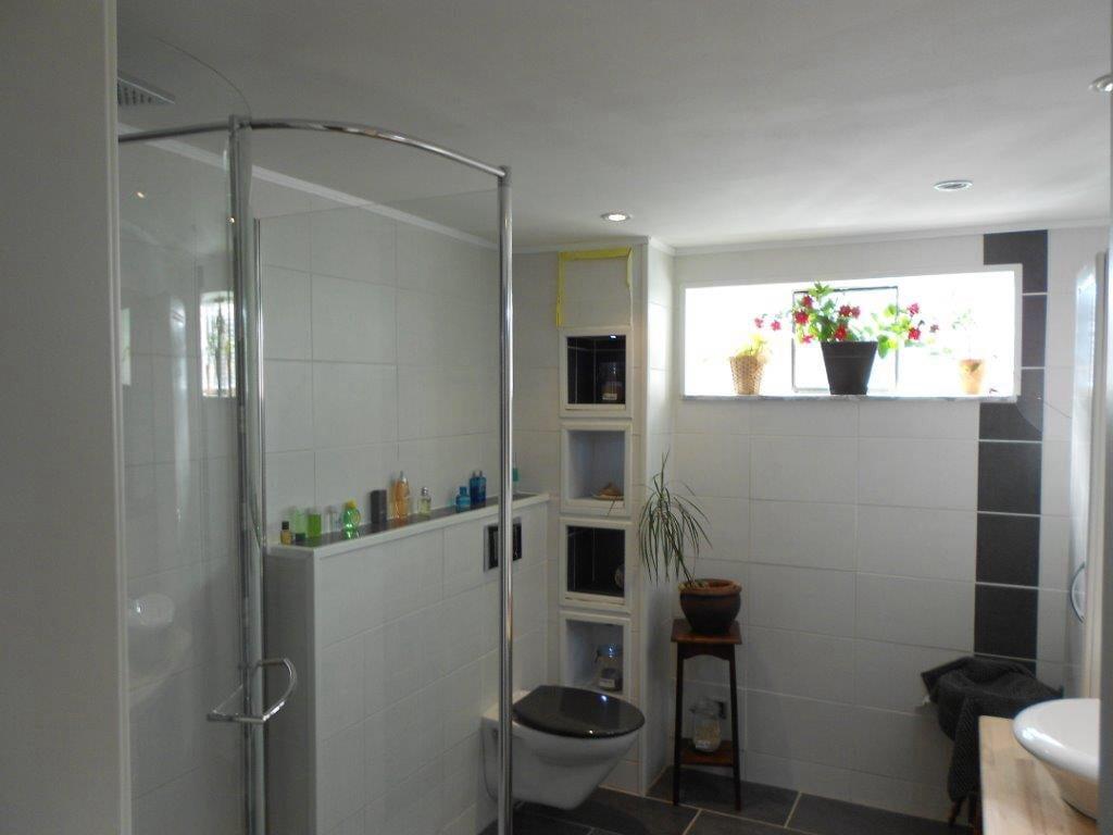Badezimmer separat von der Familie.