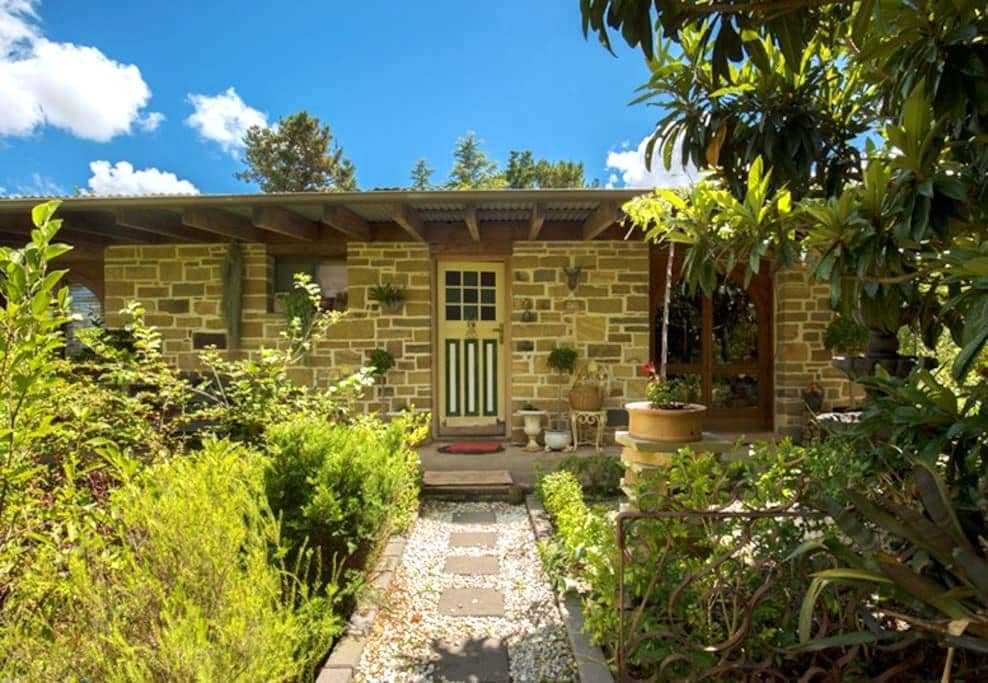 Hunter Valley Stone Cottage. - Greta