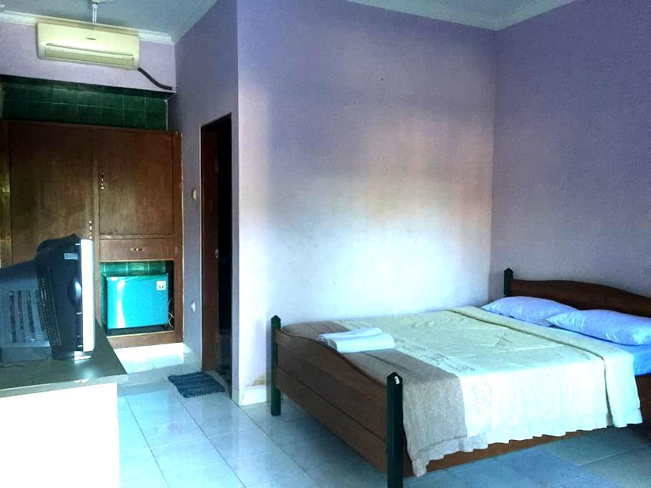 Available room - Kuta - Huoneisto