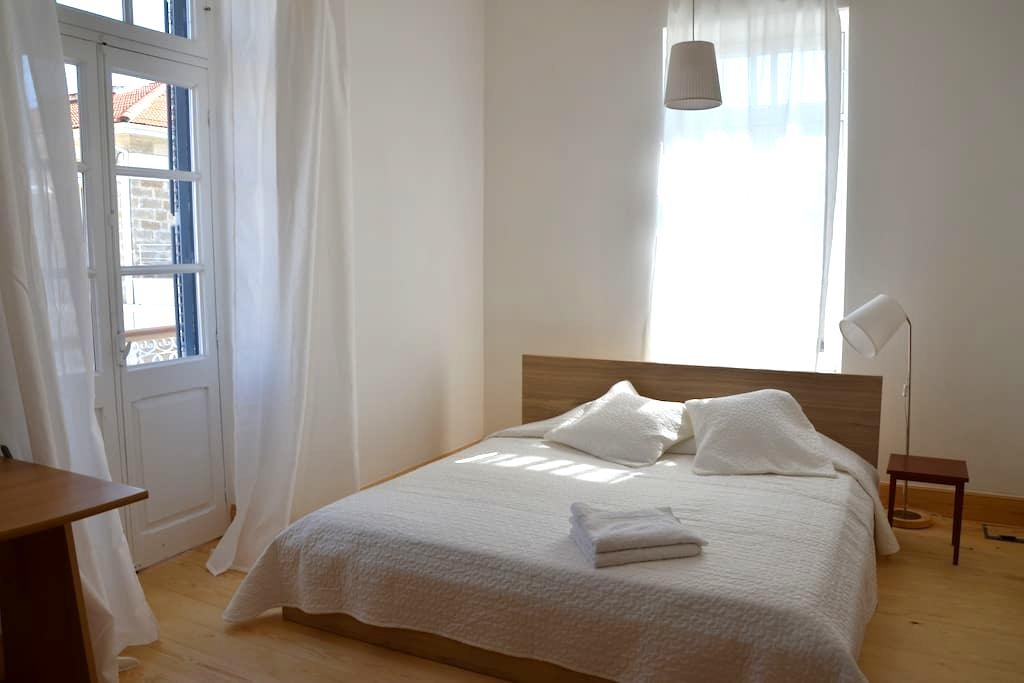 OLD TOWN near beach- Sunny Flat 2 - Limassol - Appartement