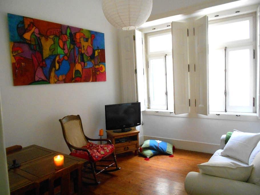 Cozy Flat at Bica/ Bairro Alto - Lissabon - Lejlighed