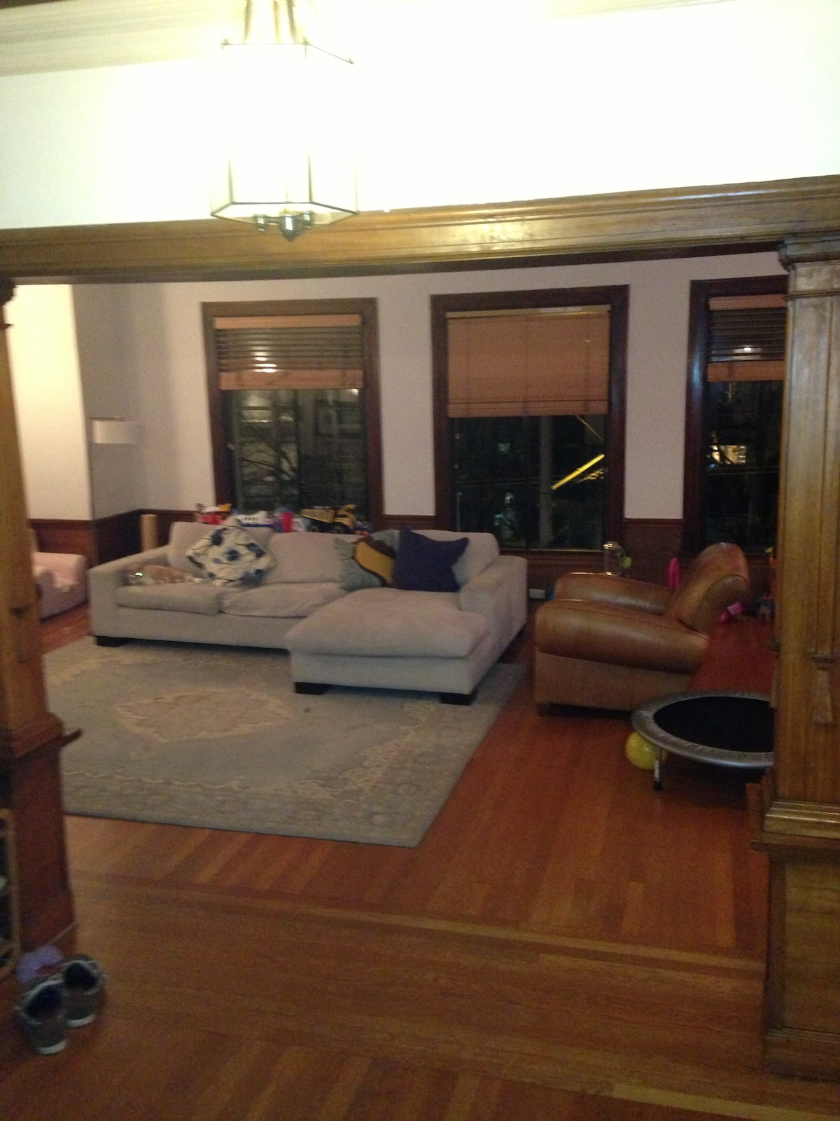 Big living room, very warm inviting place.