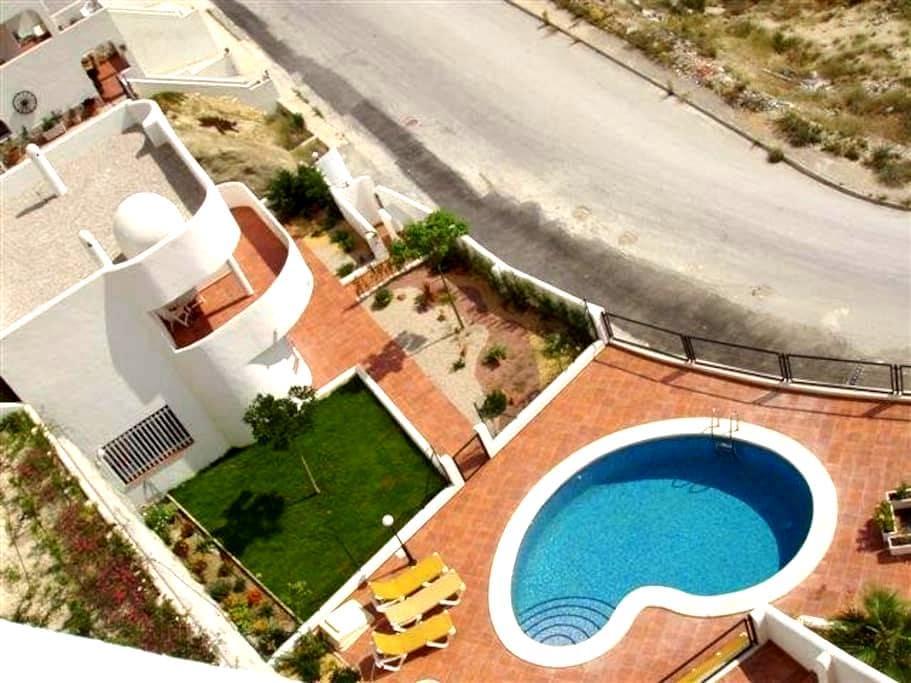 Exclusive villa in Villa Montiboli (Villajoyosa) - Villajoyosa