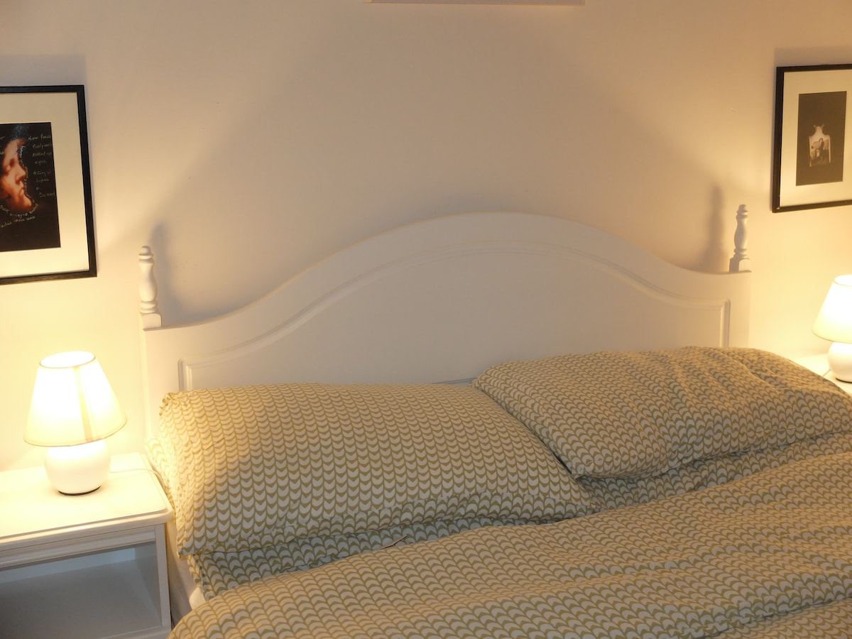 Home from Home in Galway, book now!