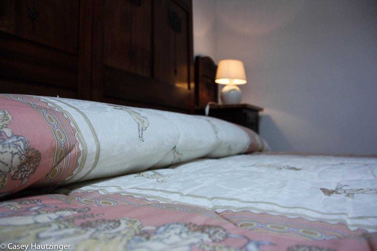 """Osanna"", master bedroom"