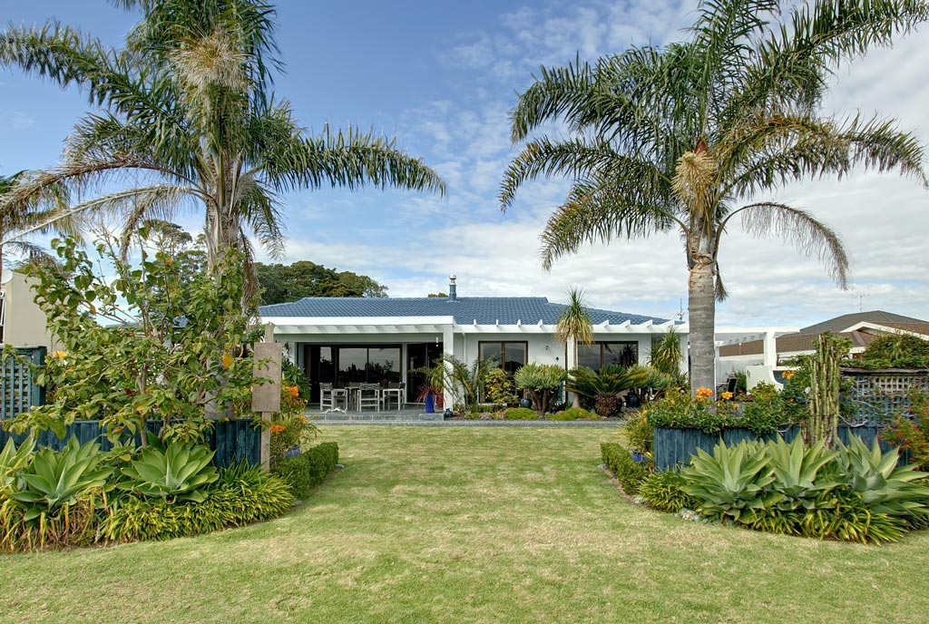 Luxury B & B in glorious Omokoroa!