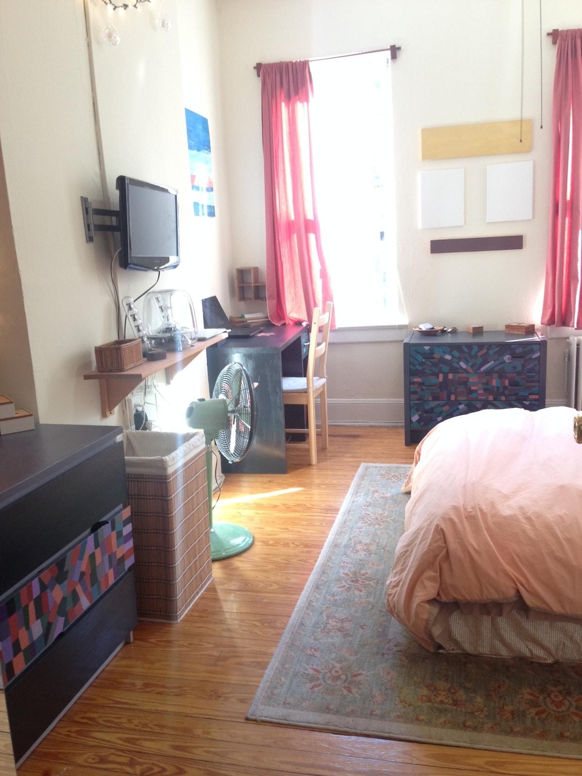Large 1 Bedroom Apt Dowtown Hoboken