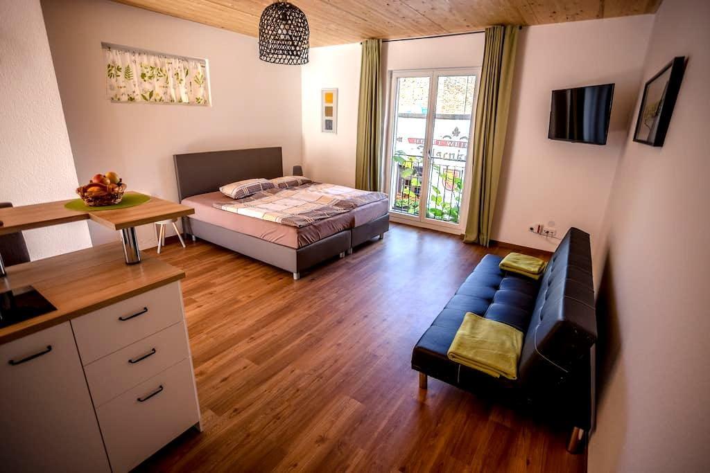 Cablecar view, terrace, cabin 11 - Rüdesheim am Rhein - Kondominium