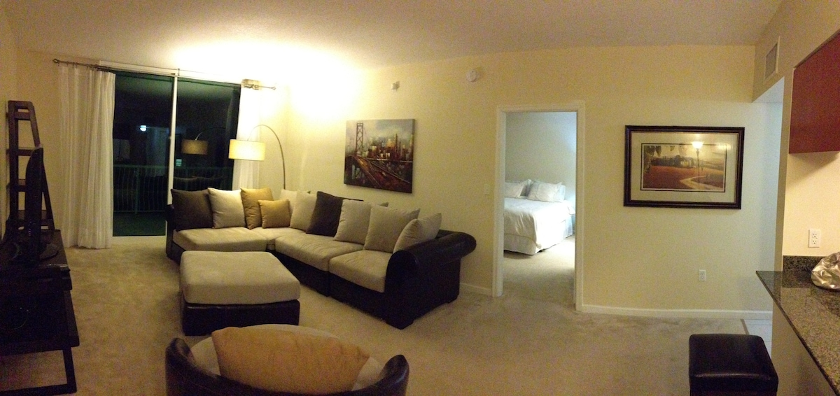 BRICKELL 1 BED STYLISH PENTHOUSE