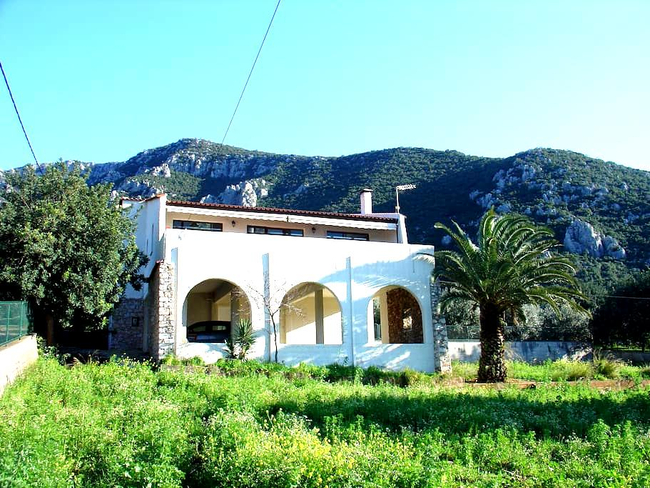 Spectacular views, space & privacy - Agios Andreas