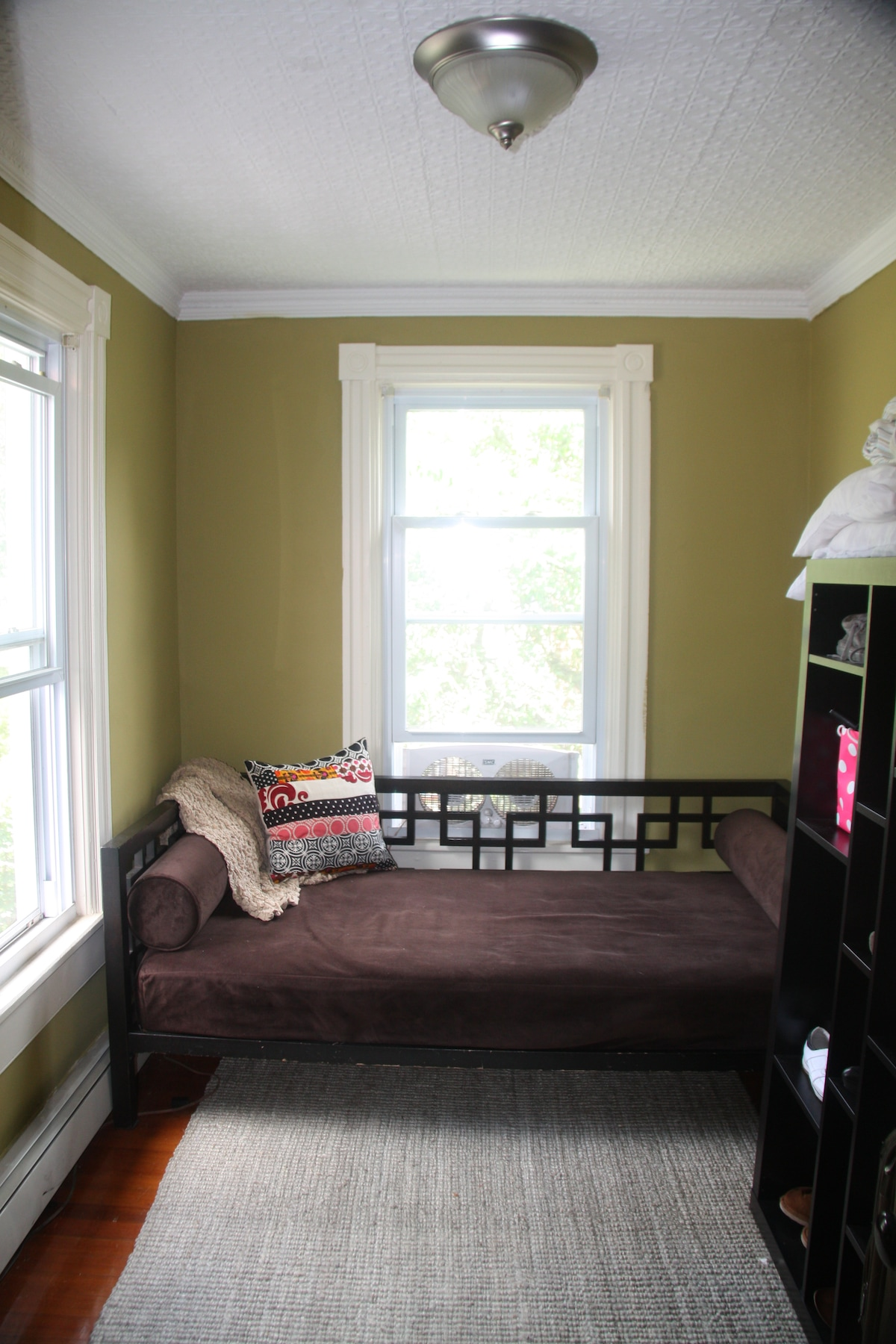 The Window Room (one of the upstairs guest rooms - twin daybed).