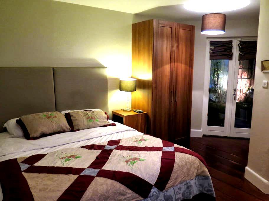 Double en suite Dalkey centre - Dalkey - House